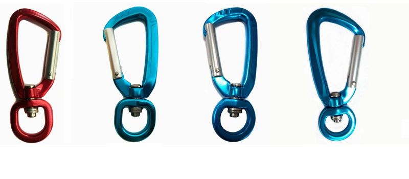 karabiners for dog leashes
